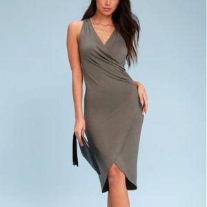 NWT Lulu's Midi Wrap Dress